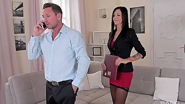 The hot secretary is ready for a minute or more of pure relaxation