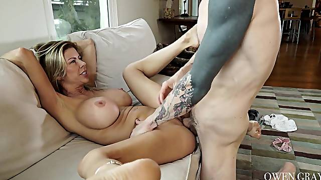 Cougar mom wants it even harder