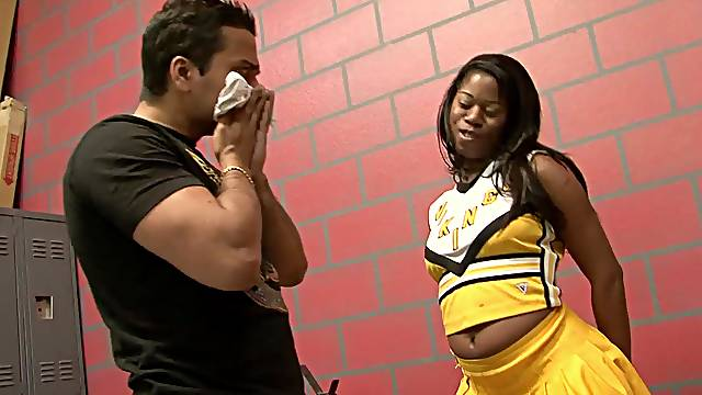Hot black cheerleader Tia Freaxxx gets licked and dicked in the locker room