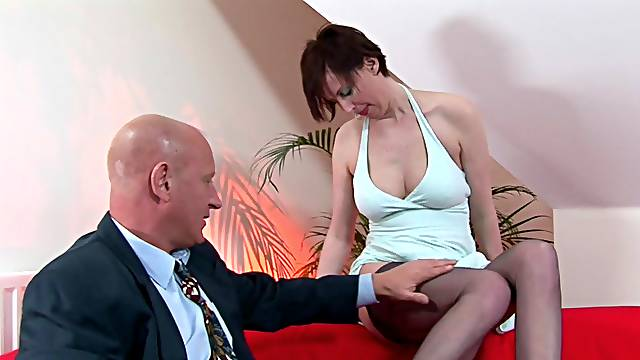 Hot mature missionary fucked until the man runs out of fuel