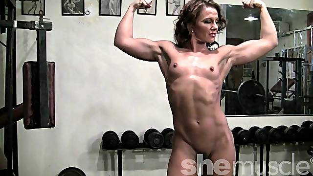 Pornstar Inari Vachs Works Out in the Gym