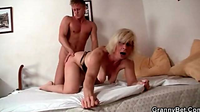 Blonde mature moans in hot doggystyle sex