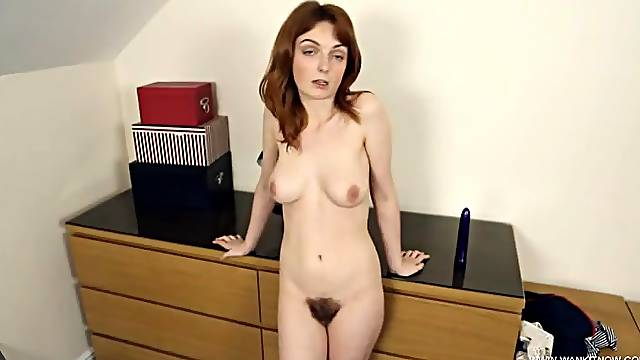 Hairy muff looks hot on the English chick