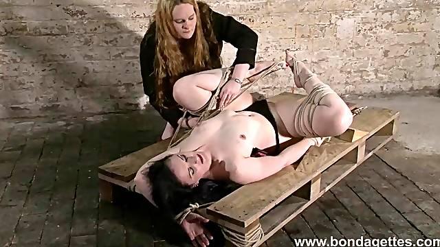 Caroline Pierce lesbian bondage