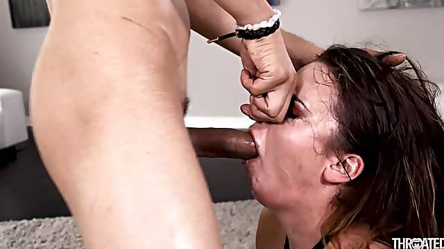 Dirty slut keeps on gagging as she sucks cock