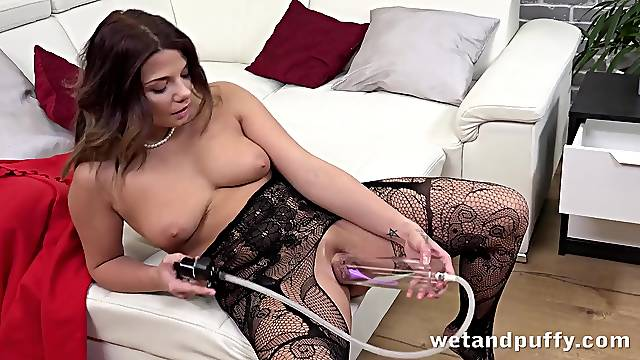 Pussy pump makes this curvy Euro girl feel good