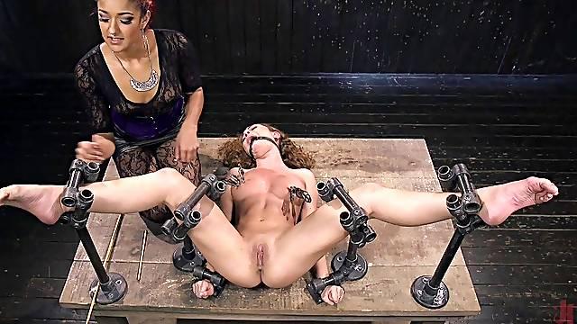 Intense bondage threesome fun featuring Daisy Ducati and Roxanne Rae