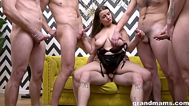 Big beautiful woman shares her mouth and penis fly trap with multiple men