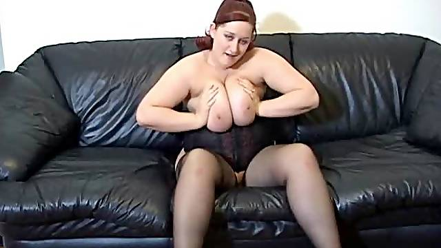 Fat redhead in sexy black corset instruction set