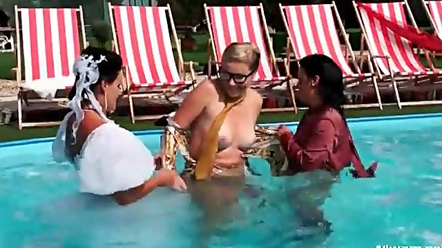 New bride all wet in the pool
