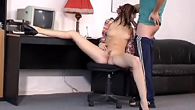 Flexible beauty gets odd fuck