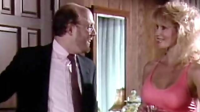 Retro Porn Video with Two Smoking Hot Gals