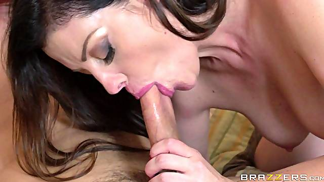 Cheating mature wife Sovereign Syre fucked by two lovers together