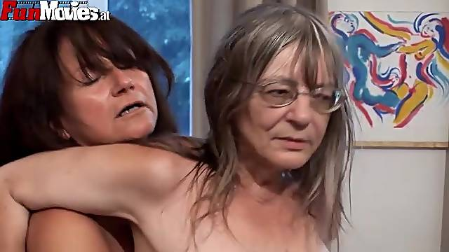 Horny grannis have a lesbian scene with sex toys