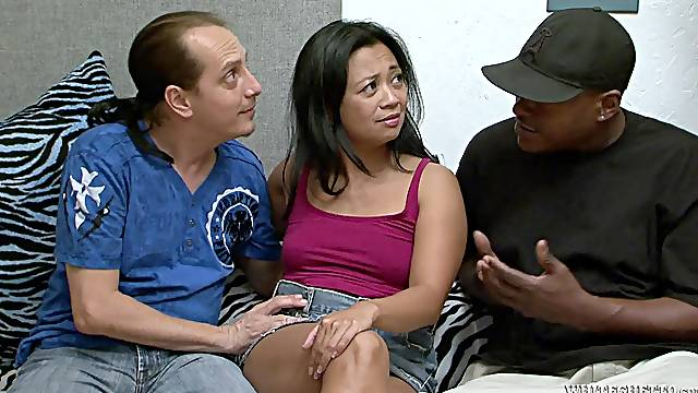 Rough sex with the horny mature Lucky Starr