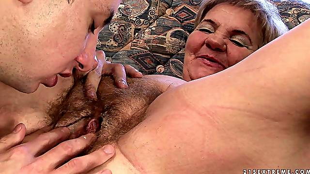 Great sex with a stud for the horny granny Lady Bella