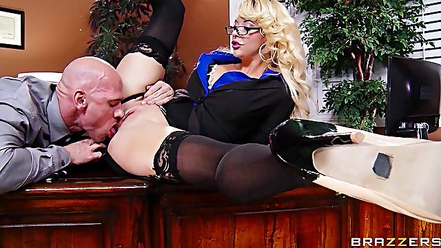 Balls deep pussy pounding in the office with secretary Courtney Taylor